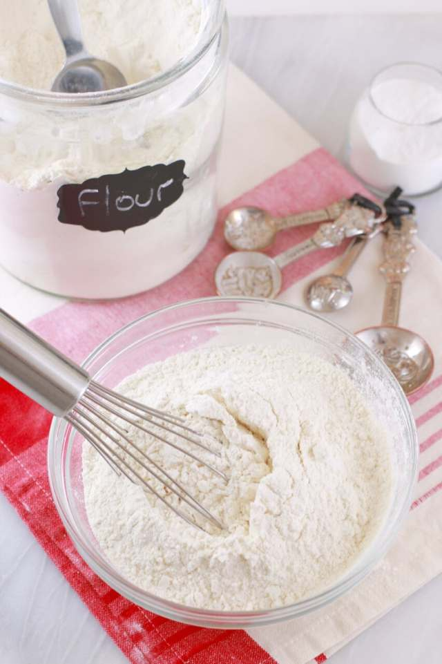 How to make Self-Raising Flour, homemade self- raising flour, how to make flour, self raising-flour recipe, making self-raising flour, how to videos, how to recipes, basic baking tips, basic baking, baking, baking recipes, dessert, desserts recipes, desserts, cheap recipes, easy desserts, quick easy desserts, best desserts, best ever desserts, simple desserts, simple recipes, recieps, baking recieps, how to make, how to bake, cheap desserts, affordable recipes, Gemma Stafford, Bigger Bolder Baking, bold baking, bold bakers, bold recipes, bold desserts, desserts to make, quick recipes