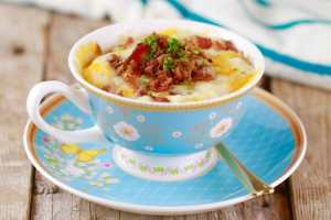 Microwave Cheddar & Bacon Muffin in a Mug