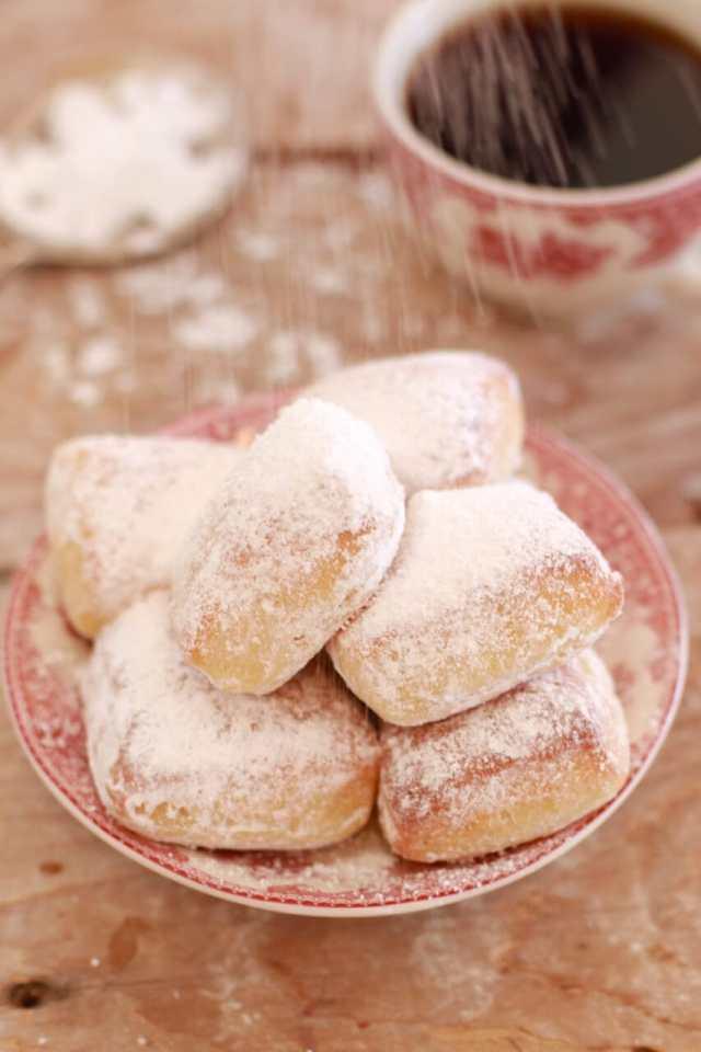 Homemade Beignets, Homemade baked Beignets, baked Homemade Beignets, Beignets, doughnuts, benyays, recipe for benyays, healthy desserts, beignet recipes, beignet recipe, easy beignets recipe, baked not fried recipes, baked beinget recipe, Cafe du monde beignet, cafe du monde beignet recipe, beignet recipe from cafe du monde, Recipes, baking recipes, dessert, desserts recipes, desserts, cheap recipes, easy desserts, quick easy desserts, best desserts, best ever desserts, simple desserts, simple recipes, recieps, baking recieps, how to make, how to bake, cheap desserts, affordable recipes, Gemma Stafford, Bigger Bolder Baking, bold baking, bold bakers, bold recipes, bold desserts, desserts to make, quick recipes