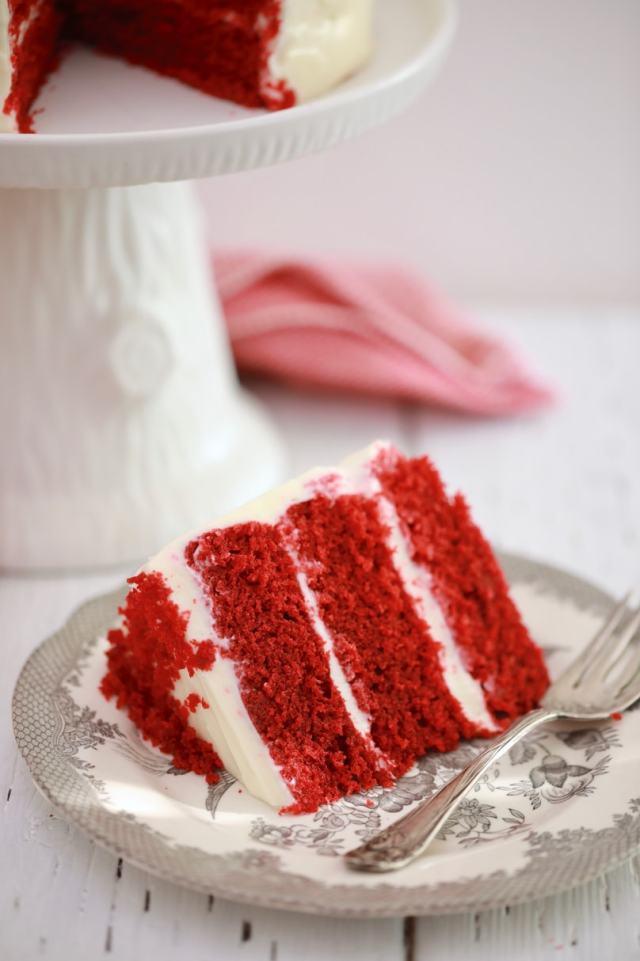 easy Red Velvet Cake recipe, easy desserts , easy cake recipes , Red Velvet Cake recipe, best desserts, best ever desserts, best ever Red Velvet Cake recipe, affordable recipes, cheap recipes, cheap desserts, simple recipes, simple desserts, quick recipes, How to make, How to bake, baking recieps, recipes for kids, baking with kids, baking with children, kid friendly recipes, child friendly recipes, dinner party desserts, easy dinner party desserts, microwave cake, microwave Red Velvet Cake, microwave recipes, kitchen hacks, dorm room recipes, student recipes, microwave hacks, cake in the microwave, make in a mug, microwave mug cake