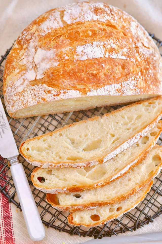 Freshly baked, just-sliced bread showing texture, crumb, and more after avoiding the 7 most common breadmaking mistakes.