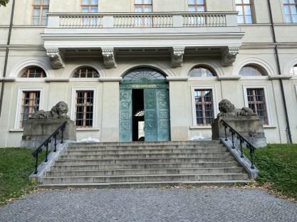 Ge-Schloss-en