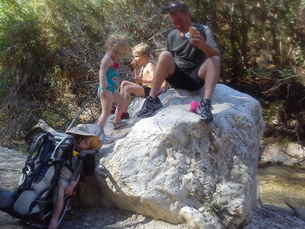 Rio Chillar family walk