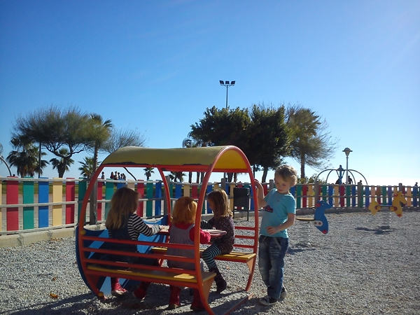 playground-Torre-del-Mar