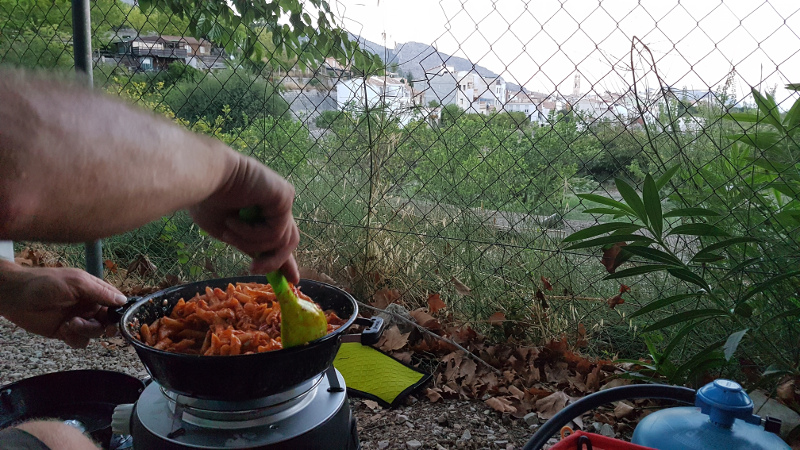 vall-de-laguar-camp-cookout