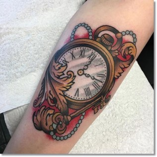 pocket-watch-tattoo-design-with-key