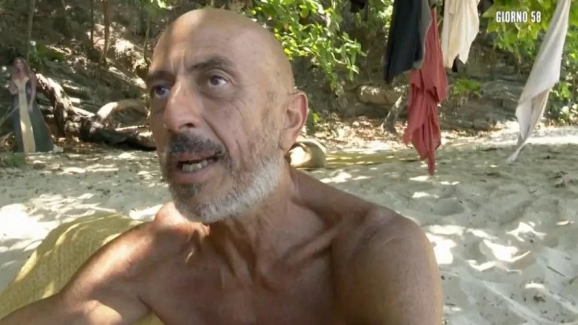 "Island of the Famous: Roberto Ciufoli tells ""someone treated us badly"""