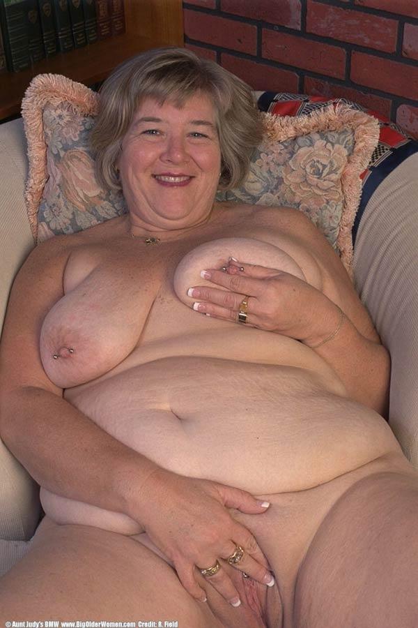 Ameture pics nude lansing