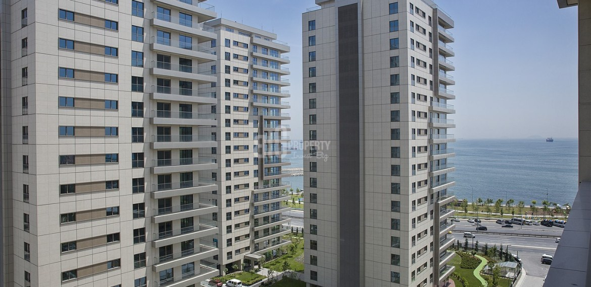 Deluxe homes for sale with amazing sea view in Istanbul Zeytinburnu