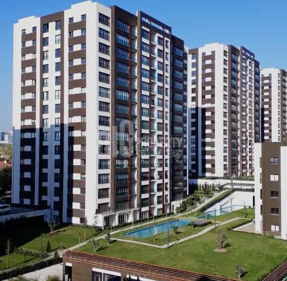 Luxury flats for sale with big green area in Turkey Beylikduzu