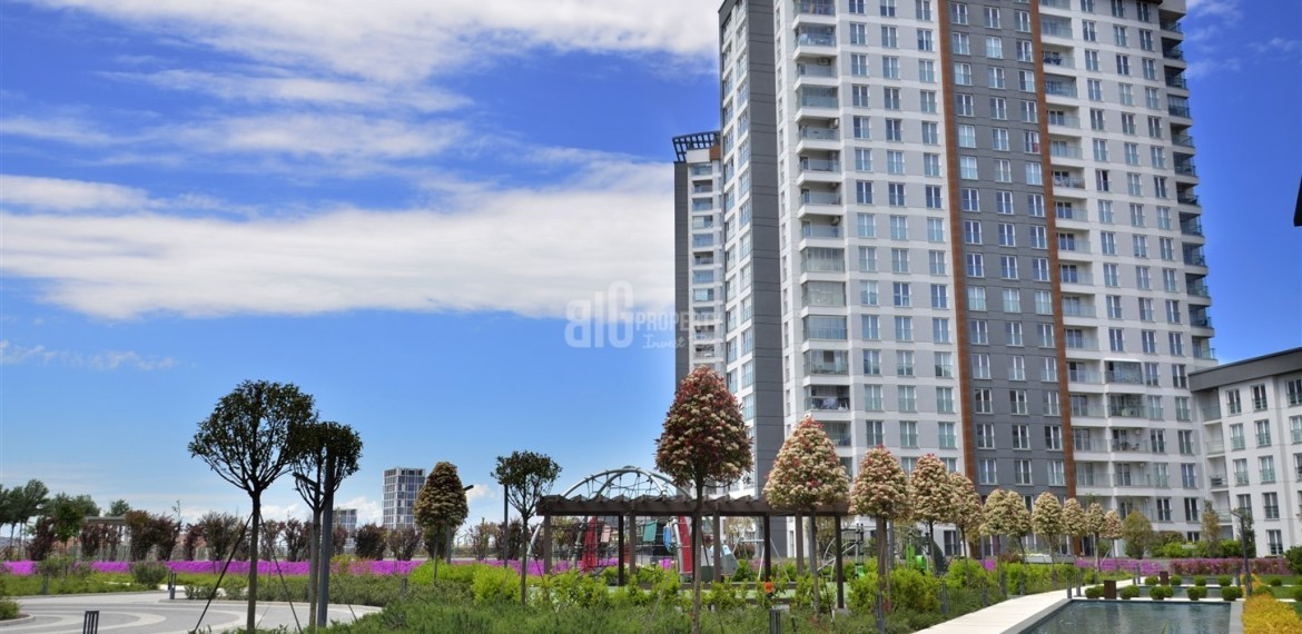 Ideal lifestyle home for sale in Kucukcekmece Istanbul