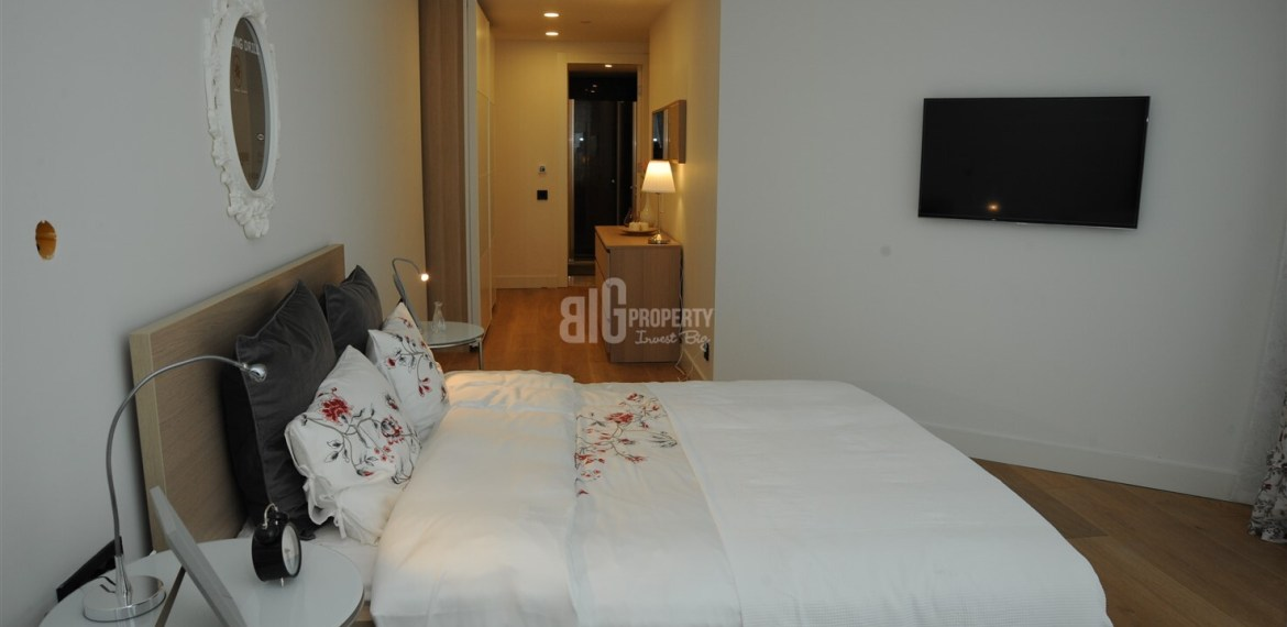 big property agency offer hotel flat with 5 years rent guarantee