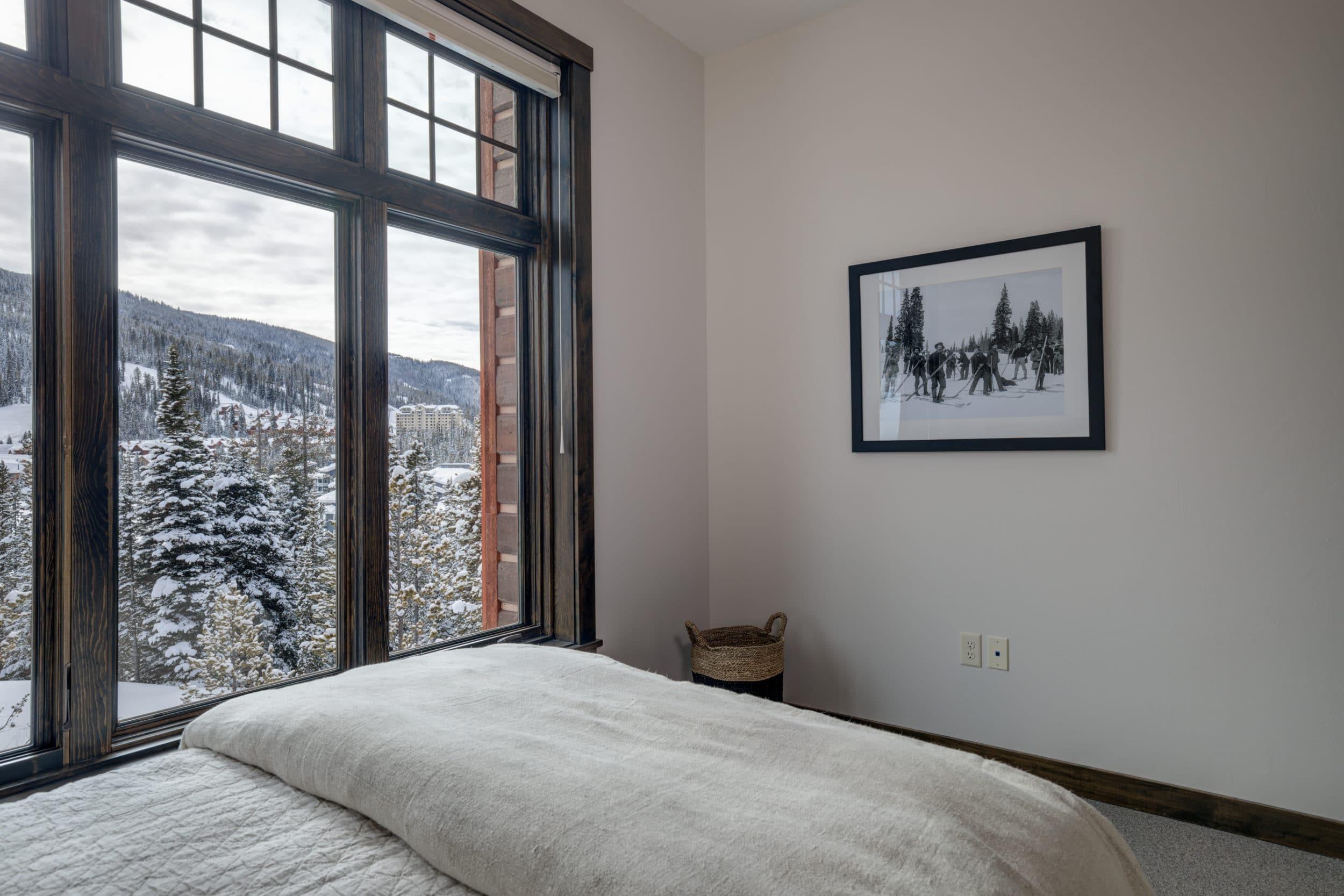 Elkhorn 2303C 3rd bedroom2