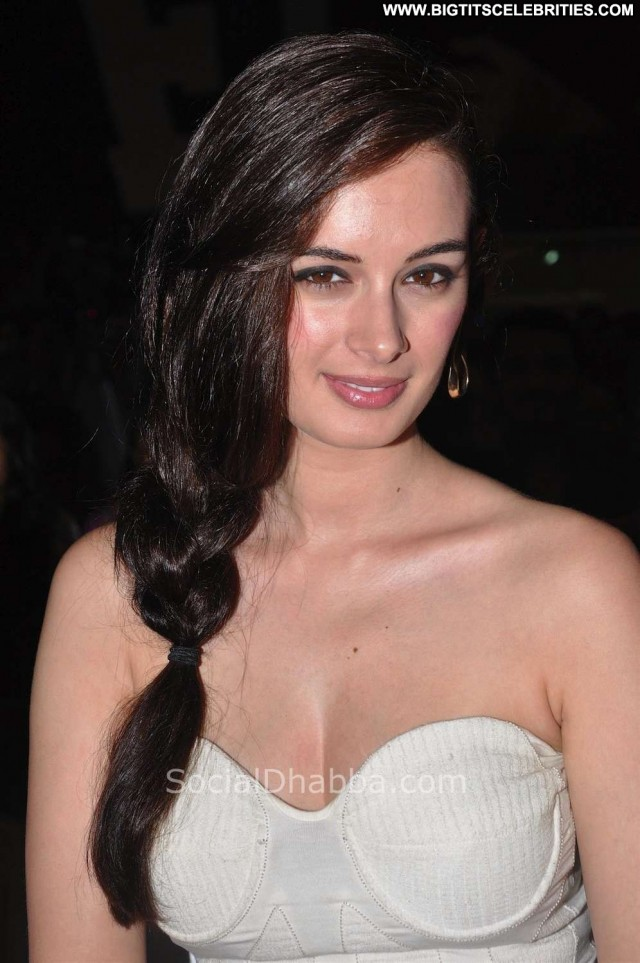 Evelyn Sharma Miscellaneous Hot Brunette Celebrity Nice Sensual