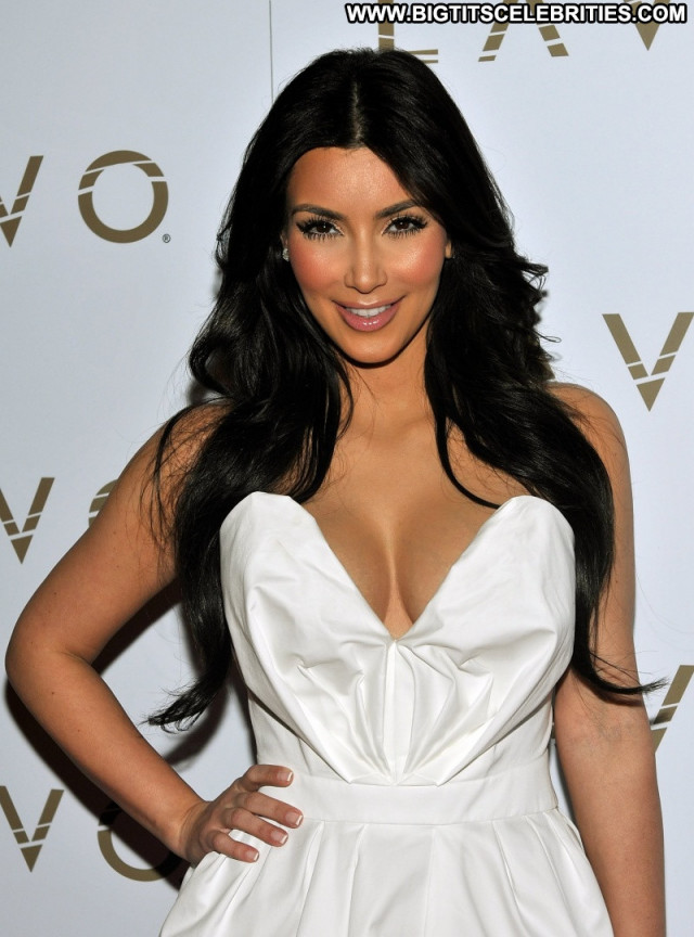 Kim Kardashian Celebrity Posing Hot Babe Beautiful Actress Female Hd