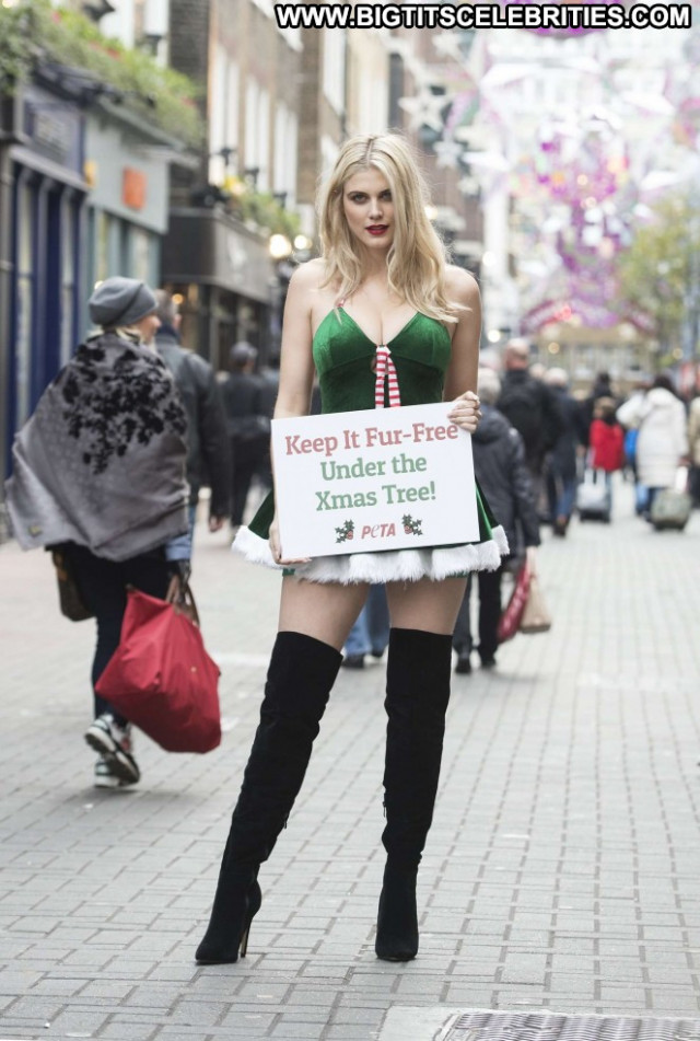 Ashley James Celebrity Christmas Babe Posing Hot Paparazzi London