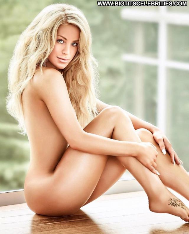 Gigi Gorgeous A Day Bar Park Beautiful Posing Hot Bra Legs Summer Sex