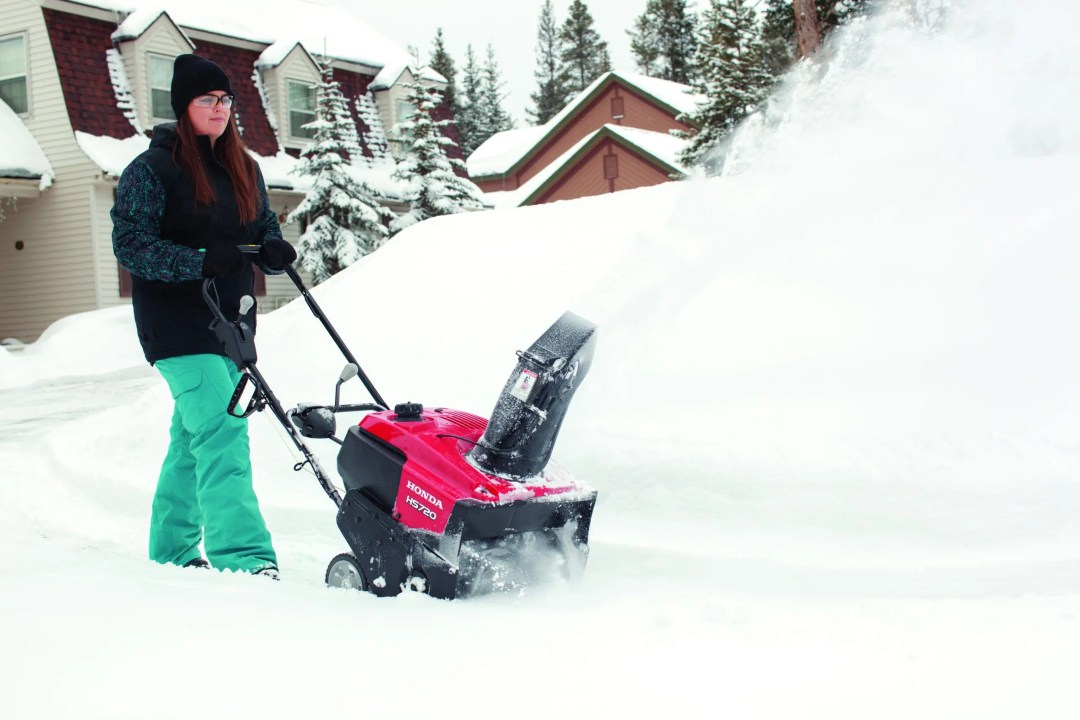 Honda Snow blowers and snow blower service at The Big Tool Box