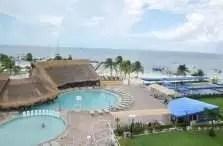 Aqumarina Beach Hotel