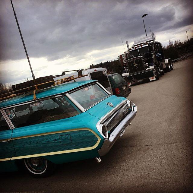 on the road, varustelutauko Jyväskylässä