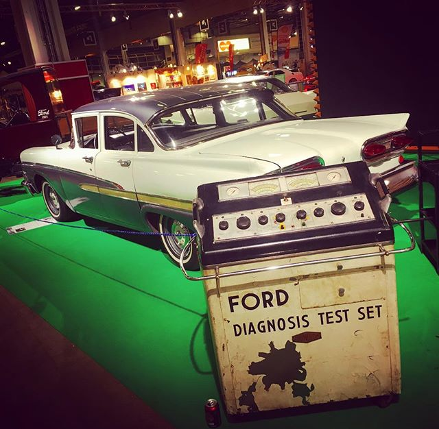Our Ford diagnosis is as follows: what you see is a Ford Custom 300 from 1958 line-up. American Car Show, Helsinki.