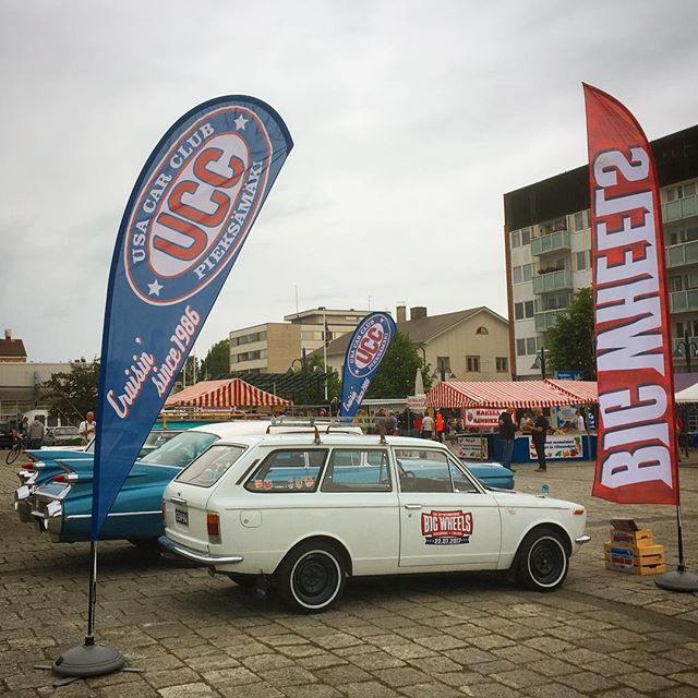 Today we had a little promotion round-up at the local market square with @usacarclub.