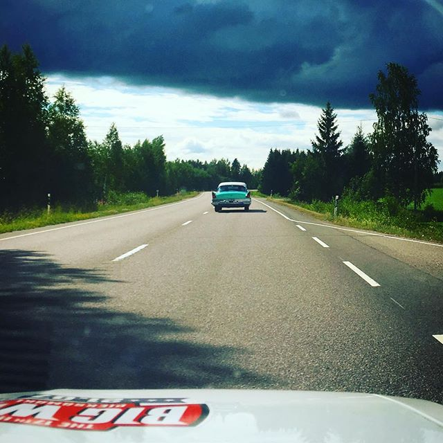Southbound route 72 towards Mikkeli, Oldtimer Run, here we come 🌤