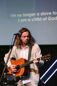 aanrader aanbiddingsliederen