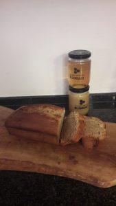 Bijenbaas bananenbrood met honing