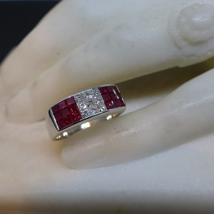 Bague Rubis Diamants calibrés-bijouterie Guimiot-bijoux contemporains Paris