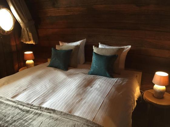 Bijzondere Overnachting Origineel Overnachten Slapen in een wijnvat Hotel Vrouwe van Stavoren10