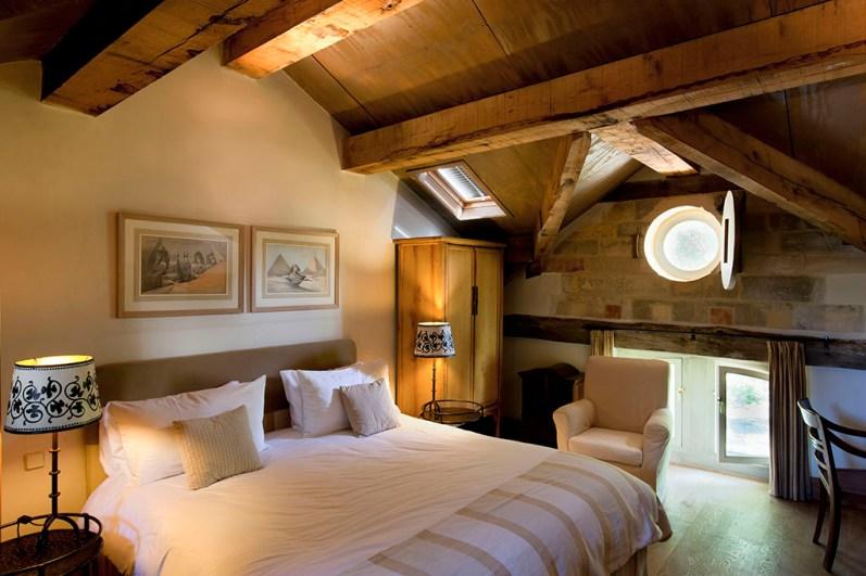 Bijzondere-Overnachting-Origineel-Overnachten-Slapen-in-het-Limburgse-kasteel-Chateau-St-Gerlach10