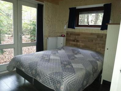 Bijzondere Overnachting Origingeel Overnachten Slapen in de bossen in een boshuisje op de Veluwe11