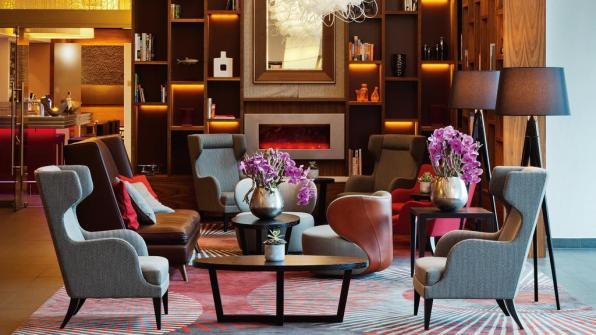 Bijzondere Overnachting Origineel Overnachten Movenpick City Centre Hotel Amsterdam uizicht over Amsterdam4