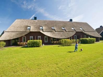 Bijzondere Overnachting Origineel Overnachten Slapen in een luxe boerderij Hof van Saksen Landal Greenparks11
