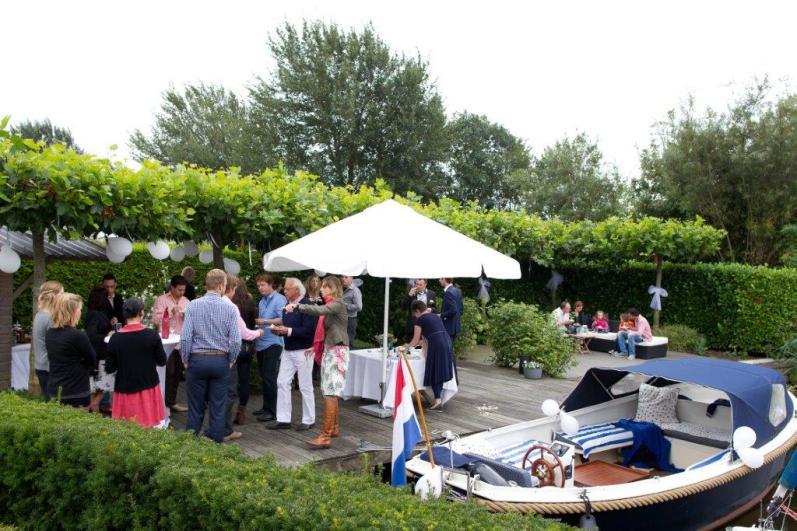 Bijzondere Overnachting Origineel Overnachten Villa Envie - Luxe boutique hotel aan het Sneekermeer10