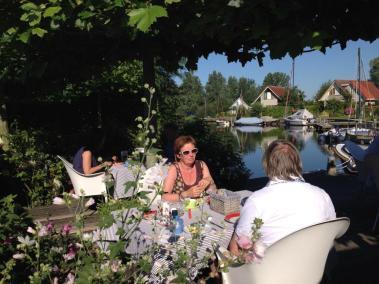 Bijzondere Overnachting Origineel Overnachten Villa Envie - Luxe boutique hotel aan het Sneekermeer7