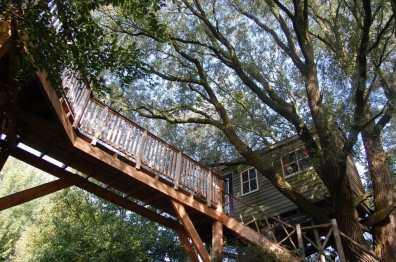 Bijzondere Overnachting Slapen in een boomhut Het Kleine Paradijs Friesland3