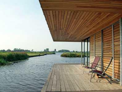 Bijzondere Overnachting Origineel Overnachten Slapen in een watervilla op het water in Friesland8