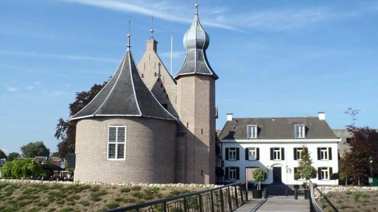 Eeuwenoud kasteel in de vestingstad Coevorden
