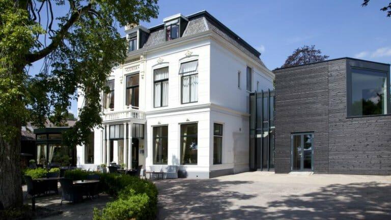 Bijzondere Overnachting in friesland leuk hotel restaurant Lunia Oldeberkoop1