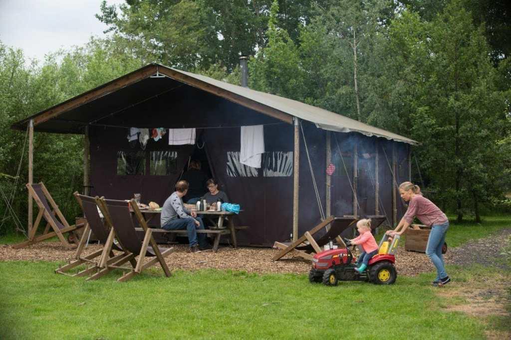 Bijzondere Overnachting Slapen bij de Boer in Friesland op Hoeve Waterschap17