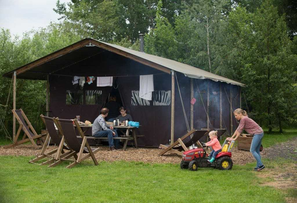 Slapen bij de boer op Hoeve Waterschap in Friesland