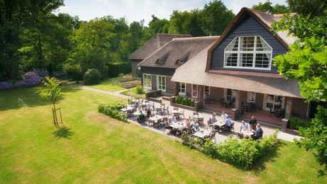 Landgoedhotel Woodbroke in een bosrijk gebied
