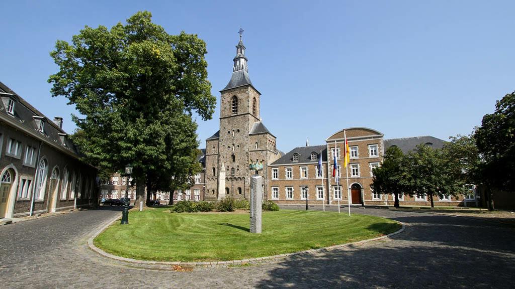 Bijzondere Overnachting Origineel Overnachten in Abdij Rolduc Kerkrade Limburg3