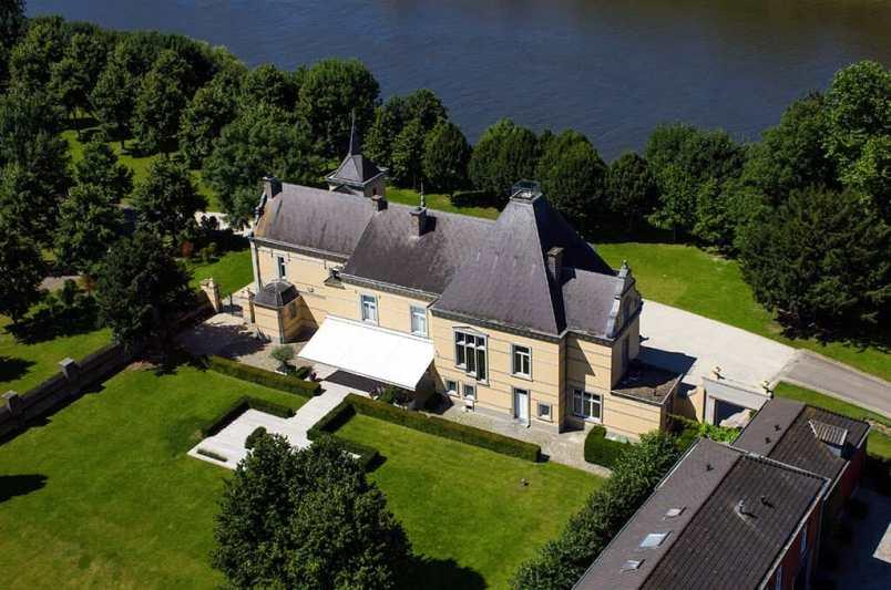 Bijzondere Overnachting Slapen in Kasteel Hoogenweerth Maastricht Limburg3