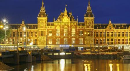Bijzondere Overnachting Origineel Overnachten Double Tree by Hilton Hotels met prachtig uitzicht over Amsterdam18