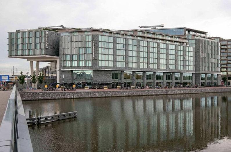 Bijzondere Overnachting Origineel Overnachten Double Tree by Hilton Hotels met prachtig uitzicht over Amsterdam19