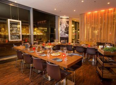 Bijzondere Overnachting Origineel Overnachten Double Tree by Hilton Hotels met prachtig uitzicht over Amsterdam6