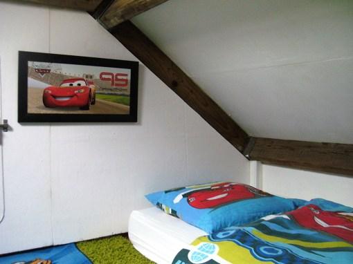 Bijzondere-Overnachting-Origineel-Overnachten-Slapen-in-Bed-and-Breakfast-Garage-Inn-in-het-Brabantse-Hank5